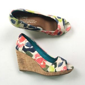 Toms Womens Floral Wedges 6 A41